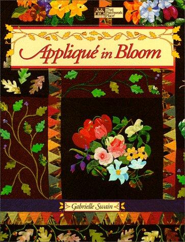 9781564770769: Applique in Bloom