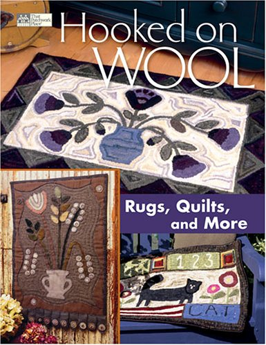 9781564776563: Hooked on Wool: Rugs, Quilts, and More