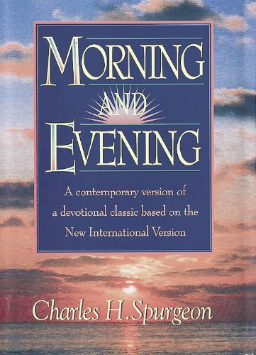 9781565631731: Morning and Evening, NIV version