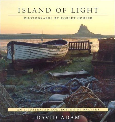 9781565637672: Island of Light: An Illustrated Collection of Prayers (Recent Releases)