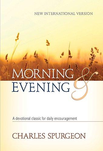 9781565638198: Morning and Evening NIV