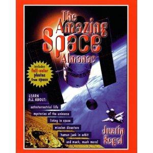 9781565656901: The Amazing Space Almanac