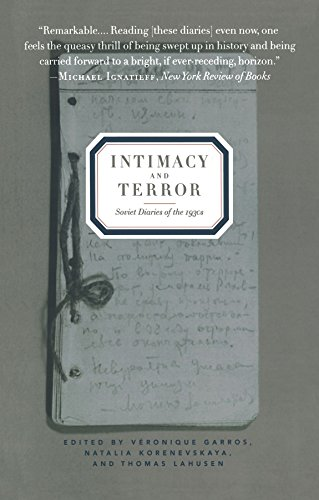 9781565843981: Intimacy and Terror: Soviet Diaries of the 1930s