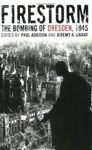 9781566637138: Firestorm: The Bombing of Dresden, 1945