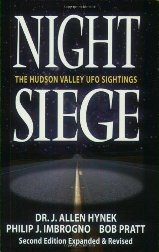 9781567183627: Night Siege: The Hudson Valley UFO Sightings