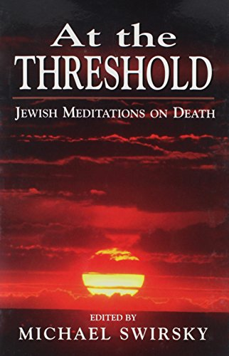 9781568212999: At the Threshold: Jewish Meditations on Death