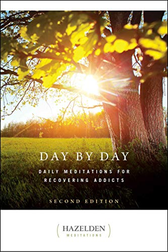 9781568382340: Day by Day: Daily Meditations for Recovering Addicts
