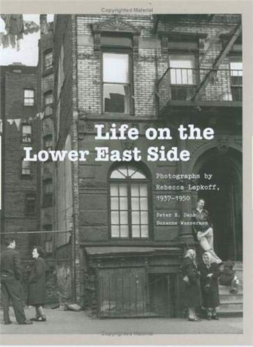 9781568989396: LIFE ON THE LOWER EAST SIDE