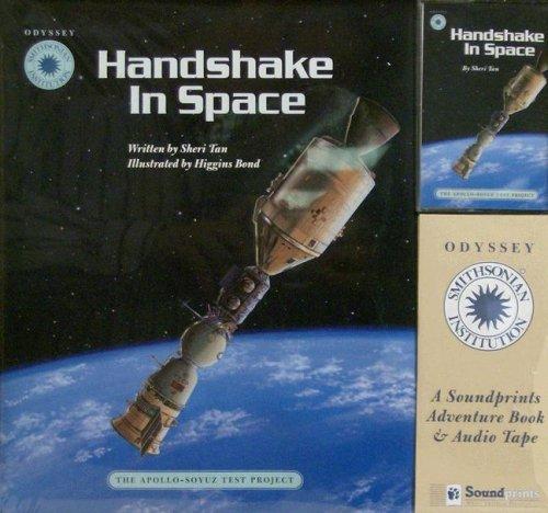 9781568995366: Handshake in Space: The Apollo-Soyuz Test Project (Smithsonian's Odyssey)
