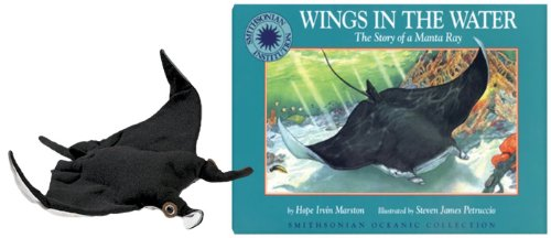 9781568995823: Wings in the Water: A Story of a Manta Ray (Smithsonian Oceanic Collection)