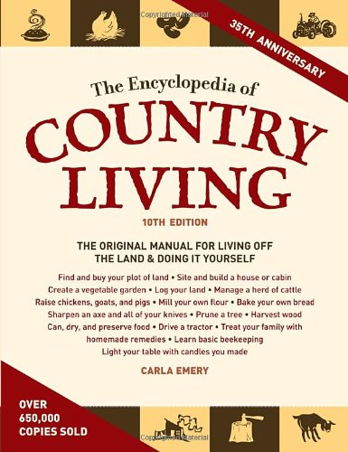 9781570615535: Encyclopedia of Country Living