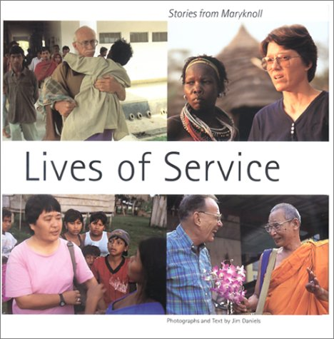 9781570753084: Lives of Service: Stories from Maryknoll