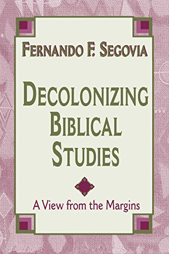 9781570753381: Decolonizing Biblical Studies: A View from the Margins