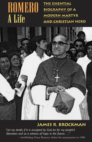 9781570755996: Romero: A Life