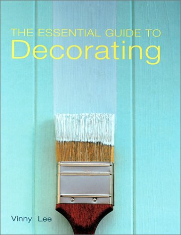 9781571458209: The Essential Guide to Decorating
