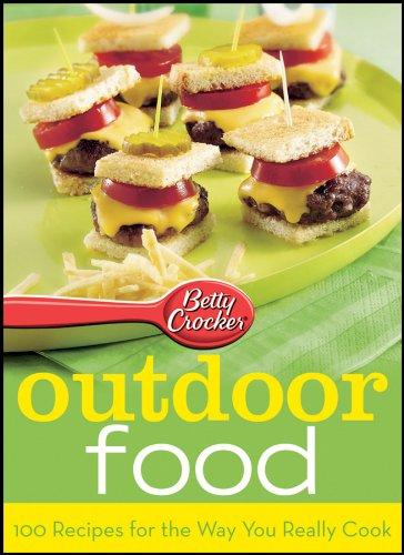 9781572157002: BETTY CROCKER PARTY SERIES: OUTDOOR FOOD (7002)