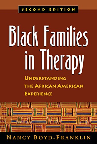 9781572306196: Black Families in Therapy: Understanding the African American Experience
