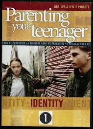 9781572750432: Parenting Your Teenager Identity 1