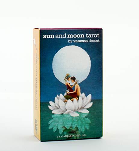 9781572816596: Sun and Moon Tarot