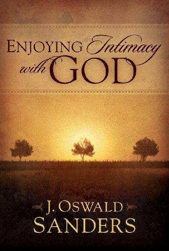 9781572930674: Enjoying Intimacy with God
