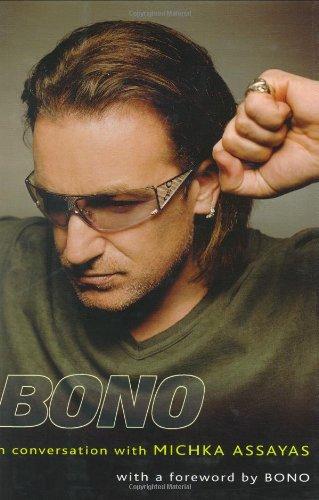 9781573223096: Bono: In Conversation with Michka Assayas