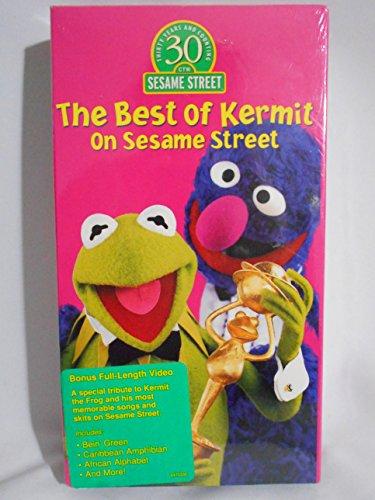 9781573305778: Sesame Street [USA] [VHS]