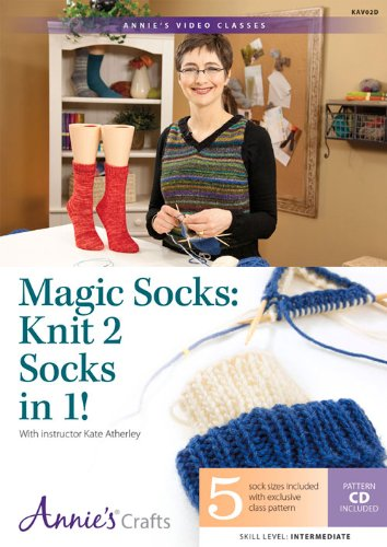9781573674157: Magic Socks: Knit 2 Socks in 1!: With Instructor Kate Atherley