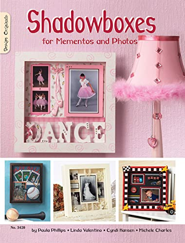 9781574213225: Shadowboxes for Mementos and Photos