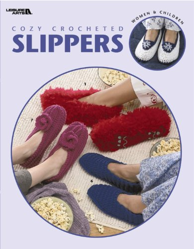 9781574868807: Cozy Crocheted Slippers (Leisure Arts #3562)