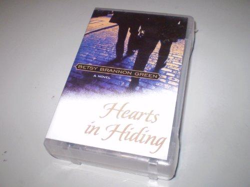 9781577348245: Hearts in Hiding