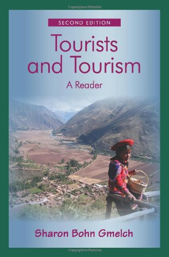9781577666363: Tourists and Tourism: A Reader