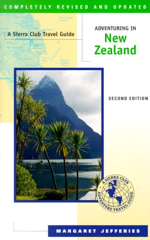9781578050376: Adventuring in New Zealand, Second Edition