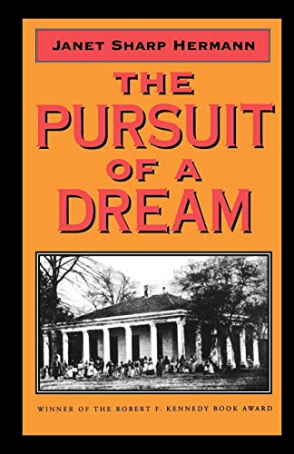 9781578061297: The Pursuit of a Dream (Banner Books)