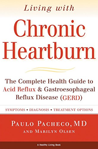 9781578261024: Living with Chronic Heartburn