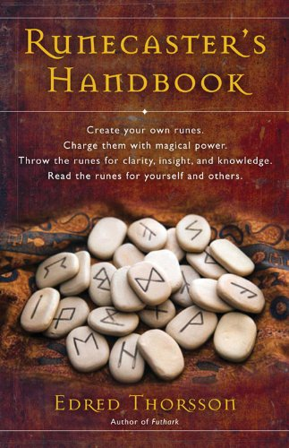 9781578631360: The Runecaster's Handbook: The Well of Wyrd
