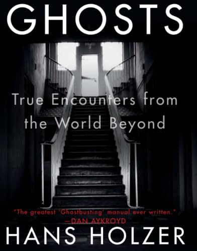 9781579124014: Ghosts: True Encounters from the World Beyond