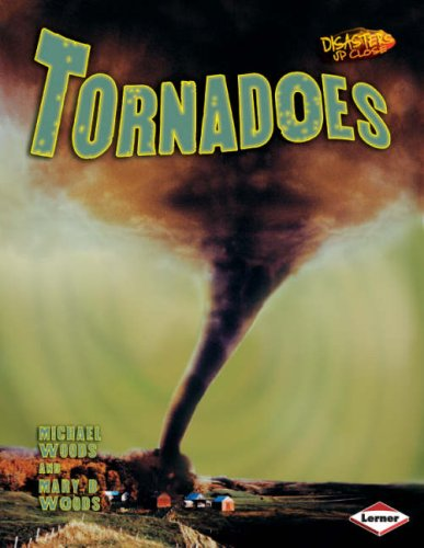 9781580134569: Disasters Up Close: Tornadoes
