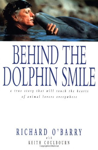 9781580631013: Behind the Dolphin Smile