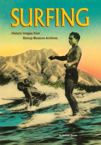 9781581780437: Surfing: Historic Images from the Bishop Museum Archives
