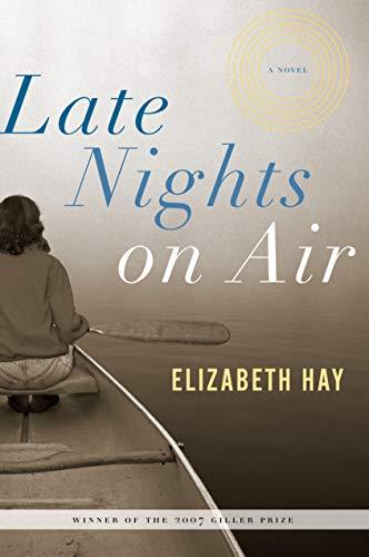 9781582434087: Late Nights on Air: A Novel