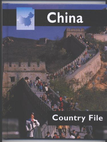9781583402368: China (Country Files)