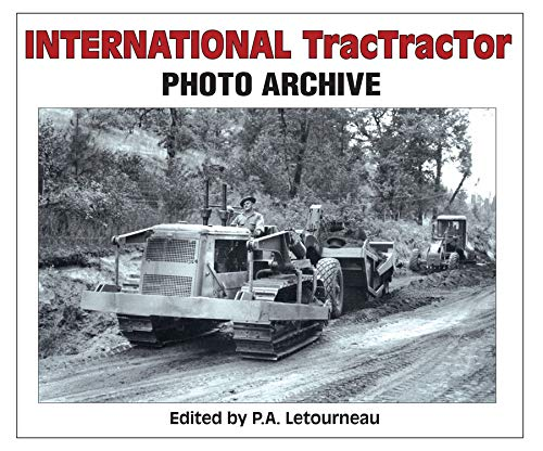9781583883204: International TracTracTor Photo Archive