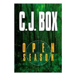 9781585472482: Open Season (Center Point Premier Fiction (Large Print))