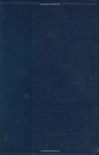 9781586401610: HCSB Hand Size Giant Print Bible, Blue Imitation Leather