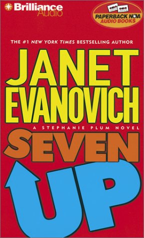 Seven Up (Stephanie Plum, No. 7) (9781587885464) by Janet Evanovich