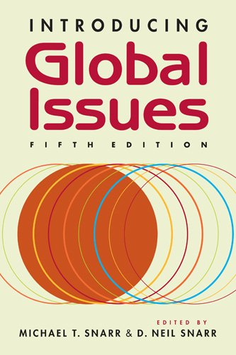 9781588268457: Introducing Global Issues