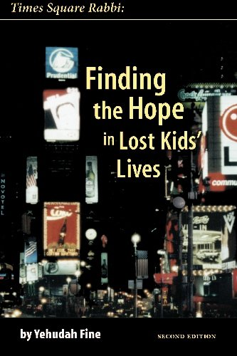 9781588320438: Times Square Rabbi: Finding the Hope in Lost Kids' Lives
