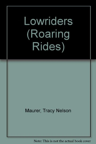 9781589527485: Lowriders (Roaring Rides)