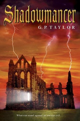 9781591856139: Shadowmancer: What can stand against an ancient evil. . .
