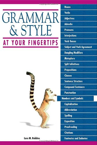 9781592576579: Grammar and Style at Your Fingertips